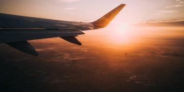 Một số mẹo hay để săn vé máy bay giá rẻ
