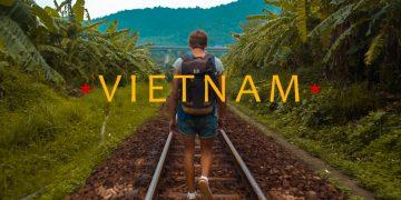 Hành trình xuyên Việt của hai thanh niên người Nga
