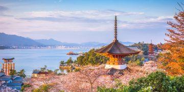 Đền Itsukushima sở hữu kiến trúc độc đáo tạo nên biểu tượng của Nhật Bản