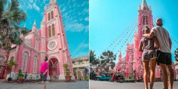 Nhà thờ màu hồng hút du khách tham quan ở TP.HCM