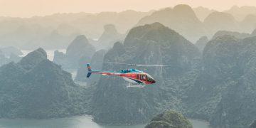 Quảng Ninh triển khai các chuyến bay tham quan trực thăng đầu tiên trên Vịnh Hạ Long