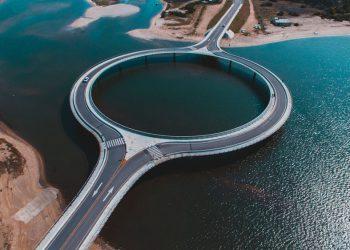 Cầu Laguna Garzón – Cây cầu hình tròn độc đáo tại Uruguay